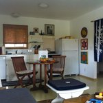 Hale Iki: Living/Kitchen