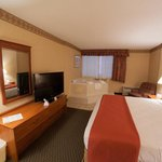 ‪BEST WESTERN The Falls Inn & Suites‬