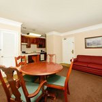 Photo of BEST WESTERN Spring Hill Inn & Suites