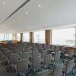  Gran Forum B Meeting Room