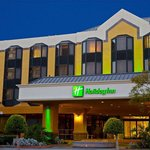 Holiday Inn LB Downtown we have complimentary shuttle service