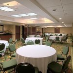 Coral Meeting Room – Banquet Setup
