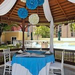  Outdoor Reception  Couple&#39;s Table