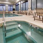  Indoor Pool &amp; Whirlpool