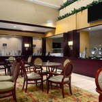 Embassy Suites Tampa Brandon Restaurant