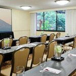  Bellevue Meeting Room
