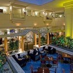 Lobby Atrium Plaza