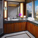 Corner Suite Bathroom