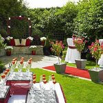  Outdoor Drinks Reception