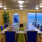  Oceanview Meeting Room