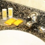  Suite Bath Amenities