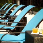  Outdoor Pool Lounge Chairs