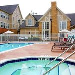 Outdoor Pool and Hot Tub