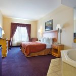  CountryInn&amp;Suites RoundRock  WhirlpoolSuite