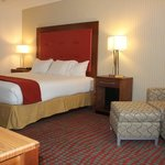  Enjoy our renovated guest rooms