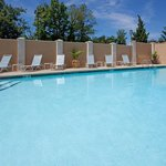  Outdoor Swimming Pool with Patio Furniture