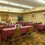  Meeting Room 795 square feet75 person capacity