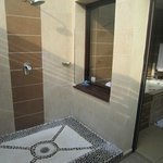  Awesome Outdoor Shower