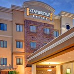  Staybridge Suites Glendale, AZ Hotel Exterior