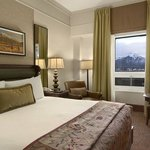 Fairmont Gold Mountain View Guest Room