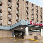  Welcome to the Ramada Hotel Saskatoon Golf Dome