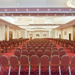 Make the most of our meeting rooms – Grand Ball Room.