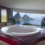 Jade Mountain Sanctuary bathrooms have a view, too