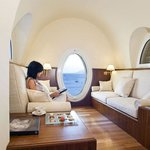  Suite Sharon Stone: 2 bedrooms, lounge with porthole, sea view