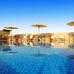 Golden Tulip Al Barsha Pool