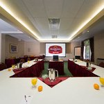 La Fontaine Meeting Room