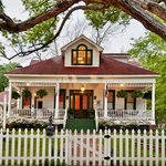 ‪White Oak Manor Bed and Breakfast‬