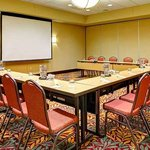 Vardry McBee One Bay Meeting Room - U-Shape