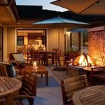  Patio Fire Pit / Holiday Inn Express Mill Valley