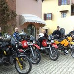  MOTORRADHOTEL MIT PARKPLATZ TOSKANA