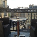 Offered a real balcony to enjoy Paris sunny evening! (Room 503)