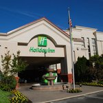 Holiday Inn Visalia Hotel & Conf Center