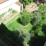 Panorama da room n.305 :vista su giardino/cortile  interno
