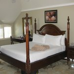  King size bed in room