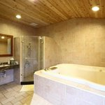 family heated jacuzzi bathroom