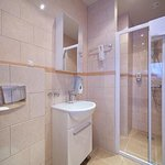  Bathroom w/ shower