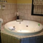 Lovely jacuzzi tub