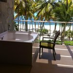 Hot tub on balcony.  Master Suite Ocean Front Club Premium.  Building 6, 3rd floor.