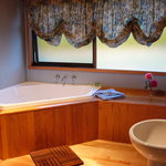 Corner Spa Bath in the deluxe cottages