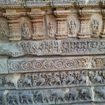 Carvings on walls of somnathpur temple