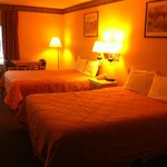2 Queen Beds Rooms