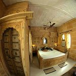 Jhankar Temple Room where 2 Movie done