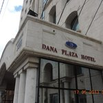 Photo de Dana Plaza Hotel