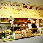 Photo de Gourmet Cafe at Dewi Sri