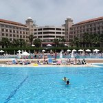 riu pool area