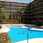 Photo de Aparthotel CYE Holiday Centre